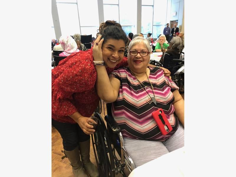 Celebrity Chef Aarti Sequeira Visits Upper West Side Seniors